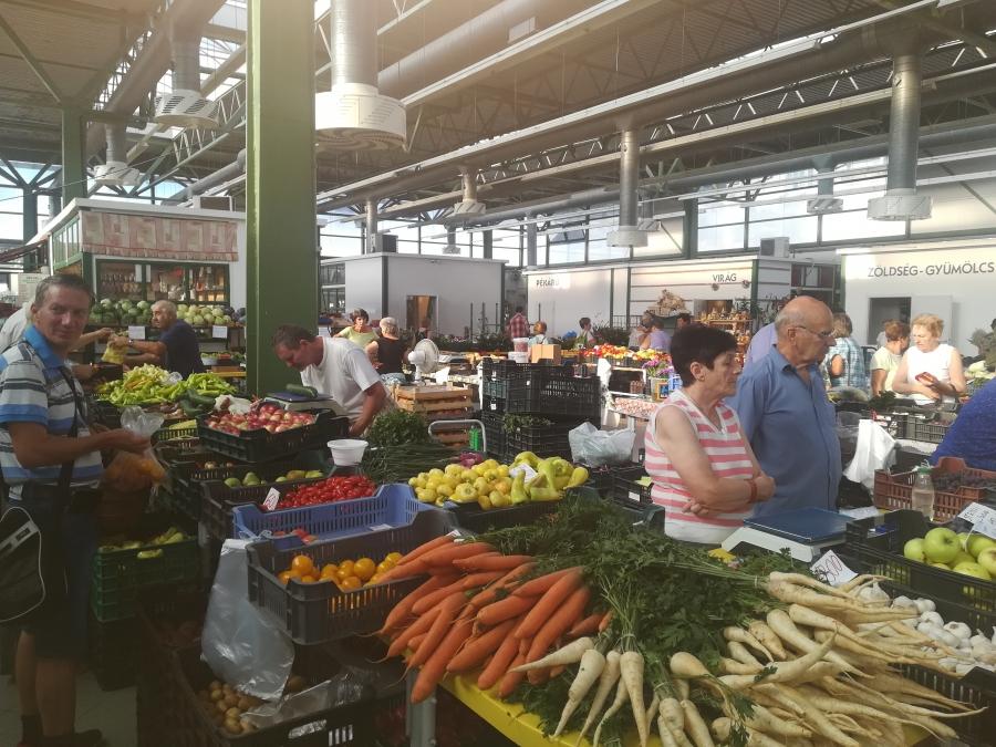 Megújuló kínálat a Veszprémi Vásárcsarnokban
