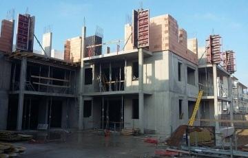 Az építkezés jó ütemben halad